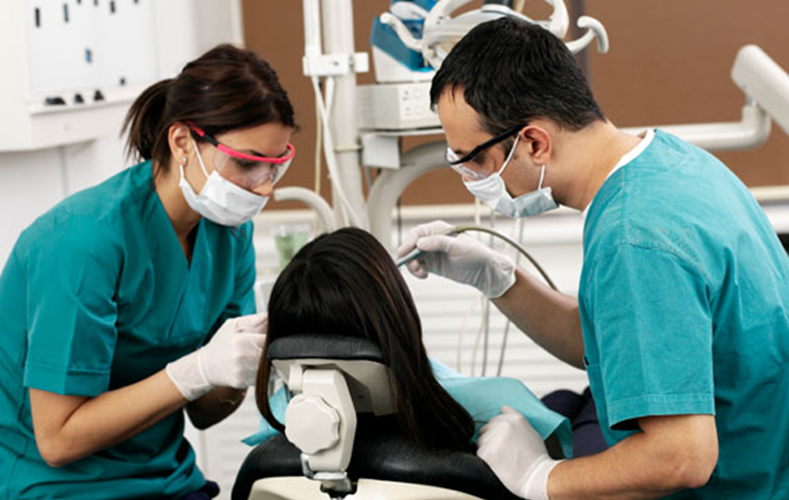 dental-assistant-training