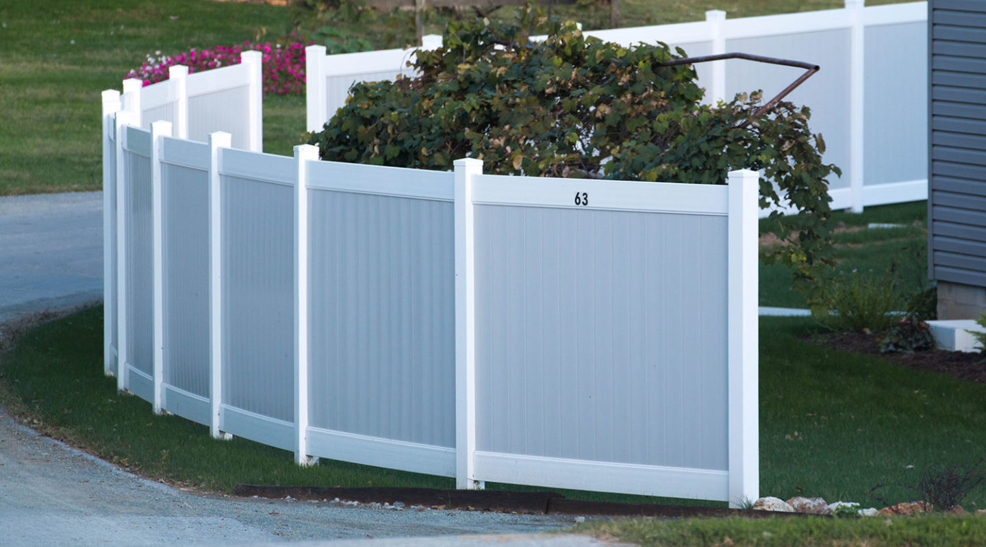 cost-of-vinyl-fence